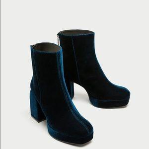 NWT Zara Teal Velvet Platform High Heel Ankle Boot